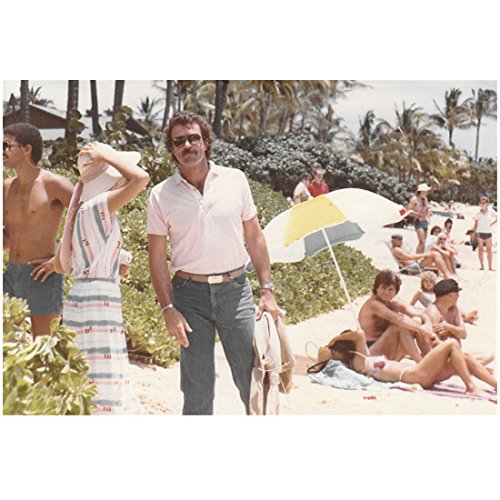 Tom Selleck 8x10 Inch Photo Blue Bloods 3 Men and a Baby Magnum. P.I. White Shirt & Jeans on Beach Sunglasses - Celebrities Sunglasses On