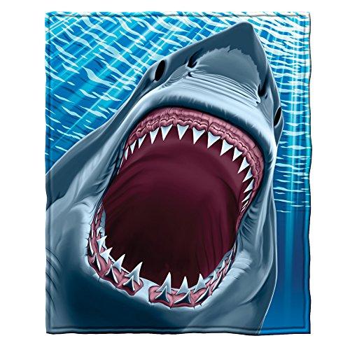 (Great White Shark Fleece Throw Blanket)