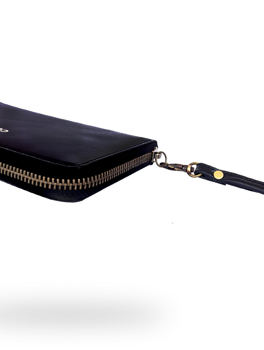 Clovve Handmade Buffalo Leather Women's Wristlet, 7 Inches| Classical Monochrome Luxury Range | Casual purse for outings, dates, and parties | Monochrome Black by Clovve (Image #5)
