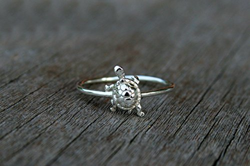 (Sterling Silver Tiny Turtle Ring)