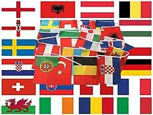 Euro 2016 Bandera y banderines Pack – Grande 5 ftx3ft Banderas todas las naciones y 24 x 4 longitudes de 12 m de guirnalda de tela: Amazon.es: Jardín