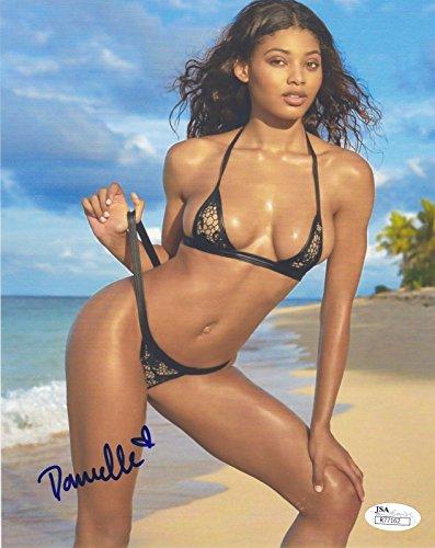 Danielle Herrington Sports Illustrated Swimsuit Model Signed 8x10 Photo JSA 1