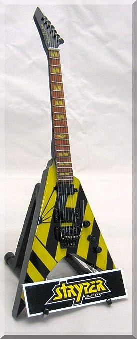 MICHAEL SWEET - Guitarra miniatura STRYPER con etiqueta de nombre ...