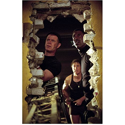 Welcome to Collinwood William H. Macy as Riley and Isaiah Washington as Leon 8 x 10 inch - Washington Macy's