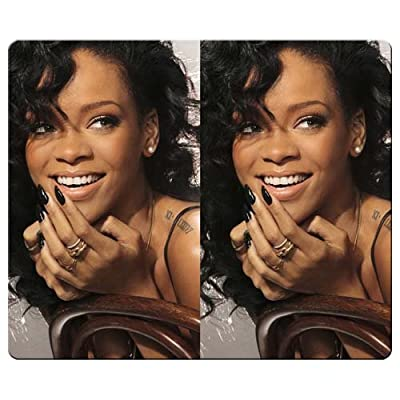 30x25cm 12x10inch personal gaming mousemat smooth cloth Environmental rubber Light Weight durable rihanna laughing