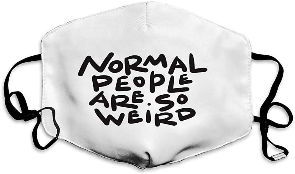"""Maske mit """"Normal-People""""-Spruch"""