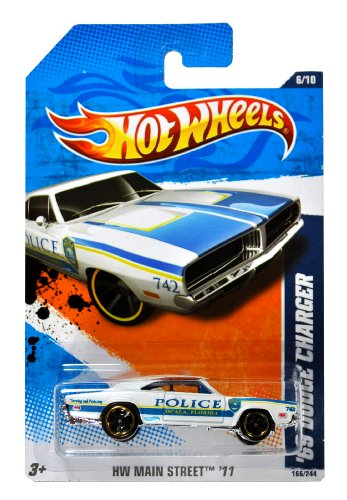 Mattel Year 2010 Hot Wheels
