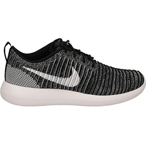 Nike Roshe Two Flyknit Sneaker Trainer Schwarz / Weiß