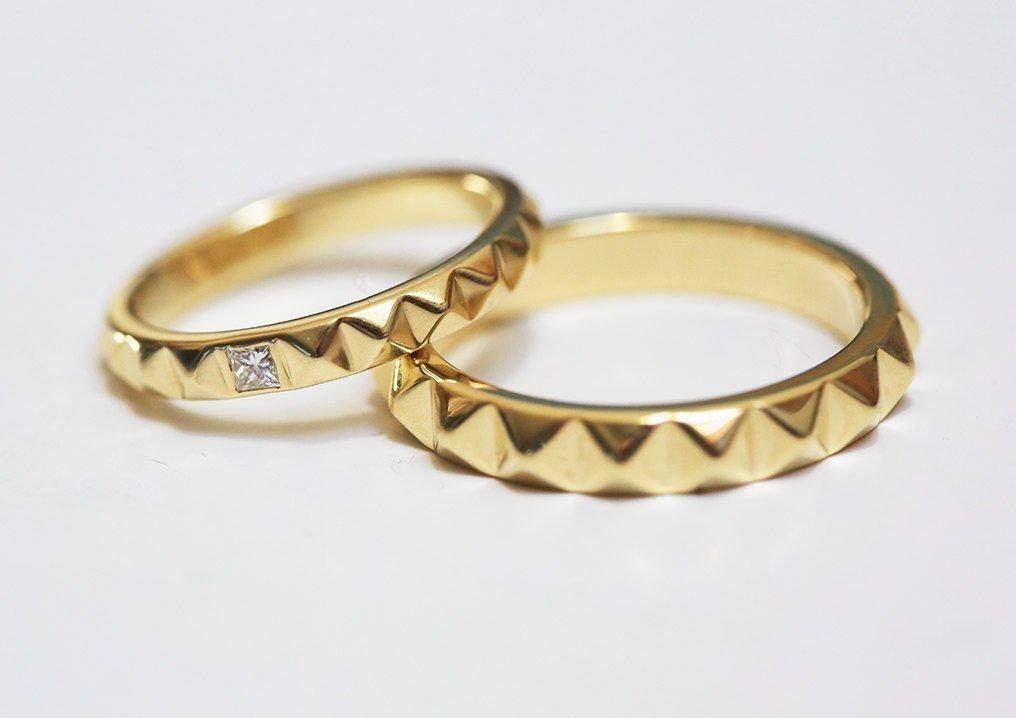 Amazon Com Yellow Gold Wedding Bands Modern Wedding Ring Set Wedding Band Set Unique Wedding Rings Diamond Wedding Ring Pyramid Wedding Bands Handmade