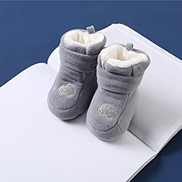 b32f9ed44d4b9 XIU RONG The Baby S Winter Shoes Are Thickened And Warm For 6-12 Months