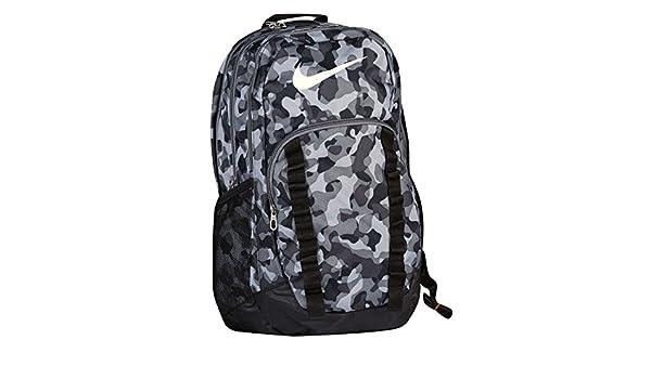 3262d2a7e8c1 Nike Brasilia 7XL Graphic Backpack BA5118 Black  Amazon.ca  Sports    Outdoors