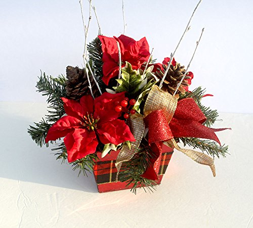 Small Christmas table centerpiece, red metal box with plaid ribbon, Table Décor, Christmas (Plaid Desk)