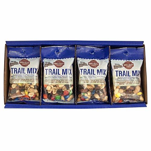Wellsley Farms Trail Mix Snack Packs 12 pk./2.75 oz Net WT 33 oz - Peanuts, Cashews, Almonds, Raisins, M&M's Chocolate Candies ()