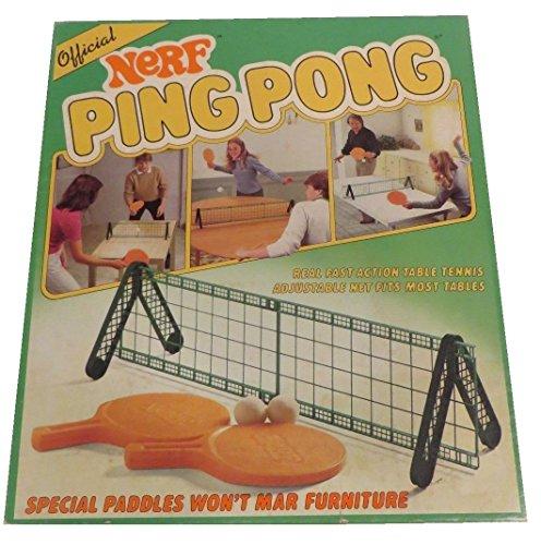 ست پینگ پونگ با توپ های فومی محصول NERF. |