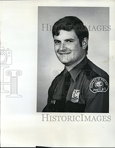 1976 Persuade Photo Police Officer Paul Maxey - ora58572