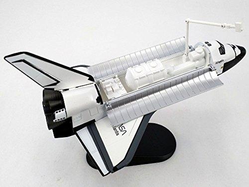 Hobby Master 1401 NASA Space Shuttle Atlantis 1/200 Scale Diecast Model ()