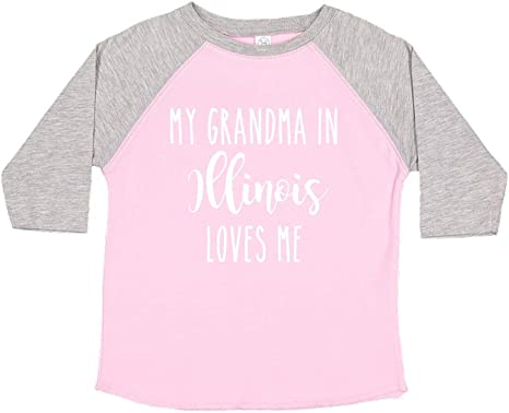 Toddler//Kids Sweatshirt My Grandma in Illinois Loves Me