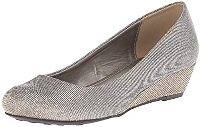 CL by Chinese Laundry Women's Marcie Wedge Pump, Champagne Twilight, 6 M US
