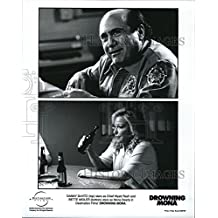 "2000 Press Photo Danny DeVito, Bette Midler ""Drowning Mona"""