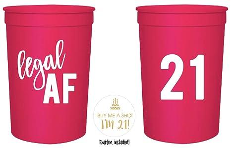 Amazon.com: Tazas de fiesta de 21 cumpleaños y botón de 1.0 ...