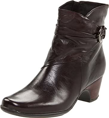 Clarks Women's Leyden Crest Boot,Dark Brown Leather,8.5 W US