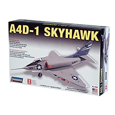 Lindberg A4D Skyhawk: Toys & Games
