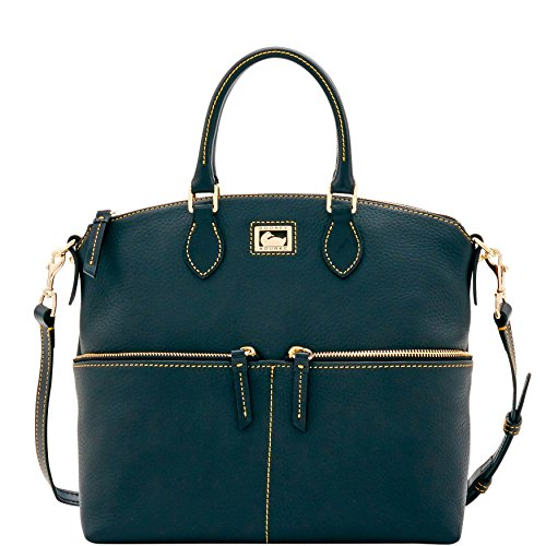 Dooney & Bourke designs and crafts instant classics with the perfect union of timeless American style, the highest regard for materials and craftsmanship, and a dedication to effortless functionality.