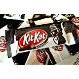 KitKat Darkness Snack Size Crisp Wafers in Dark Chocolate (Pack of 2 Pounds)