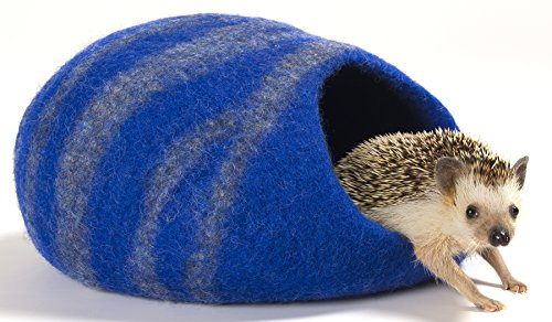 Twin Critters Handcrafted Hedgehog Cave Bed - KubbiHog - for Hedgies (Sonic Blue)
