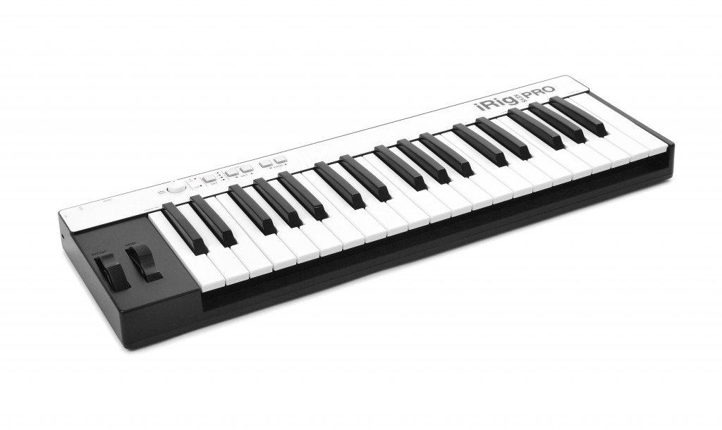 IK Multimedia IPIRIGKEYSPROIN 03-90039 - Teclado MIDI (plástico, conector tipo USB), color blanco: Amazon.es: Instrumentos musicales