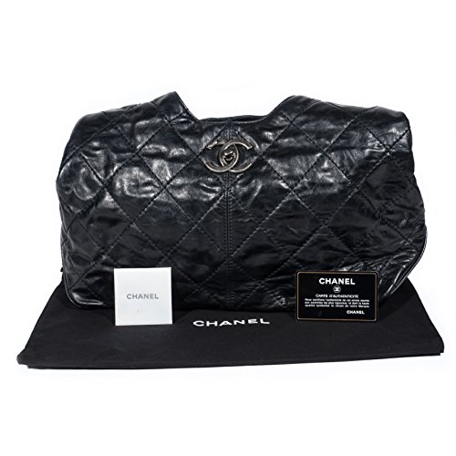 - CHANEL VINTAGE quilted CC logo chain bag