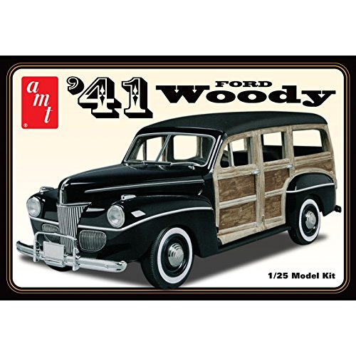 AMT 906/12 AMT 1/25 1941 Ford Woody