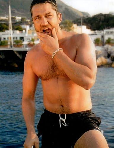 Gerard butler shirtless