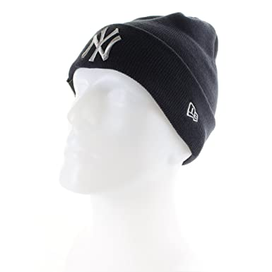 New Era Men s League Essential New York Yankees Cuff Knit fafb9164ac40
