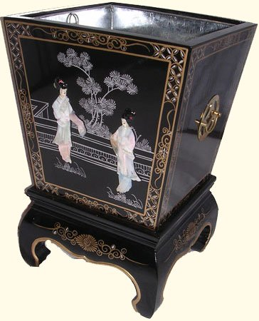 Oriental Planter Box Mother of Pearl Inlaid with Brass Hardware . (Inlaid Mop)