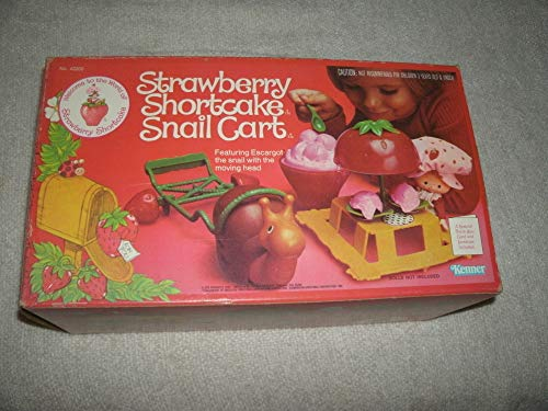 Kenner Vintage 1980 Strawberry Shortcake Snail Cart & Accessories ()
