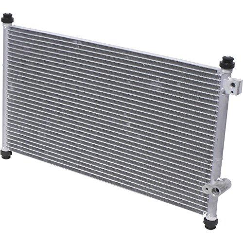 UAC CN 4729PFC A/C Condenser ()