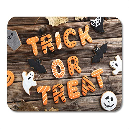 Emvency Mouse Pads Black Autumn Fresh Halloween Gingerbread Cookies on Brown Wooden Mouse Pad for notebooks, Desktop Computers mats 9.5
