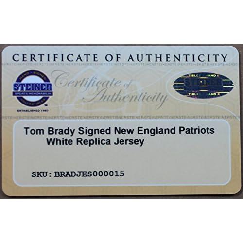 huge discount d0dd9 3c304 Tom Brady Autographed White Nike Patriots Jersey ...