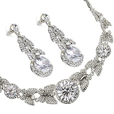 907495044eb8 Butterfly Necklace   Earrings Jewellery Premium Luxurious Set ...