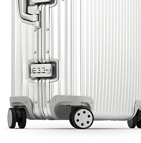 [Review] Rimowa Topas 20 (32L) Aluminum Carry-On from Pink