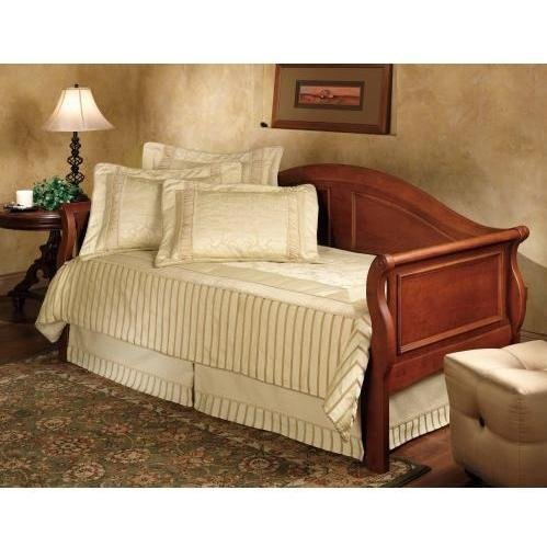 Daybed Trundle Cherry (Hillsdale Furniture Bedford Sleigh Daybed with Trundle in Cherry Finish)