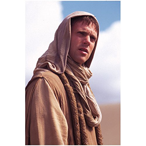 Michael Shanks 8 inch by 10 inch PHOTOGRAPH Stargate SG-1 Stargate: Continuum Stargate: The Ark of Truth Wearing Tan Robe Hood Up Full of Questions kn (Tan Shank)