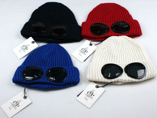 CP Company Goggle Beanie Hat Millie Miglia Lana Wool NEW AW13 CPU0213 Rare  Red  Amazon.co.uk  Clothing 4a99e851ee3f