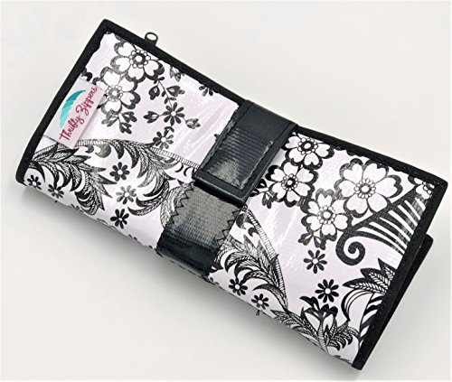 Cute Black and White Oilcloth Envelope System Wallet for Cash Budgeting and Extreme Couponing - Zipper Cash Envelopes