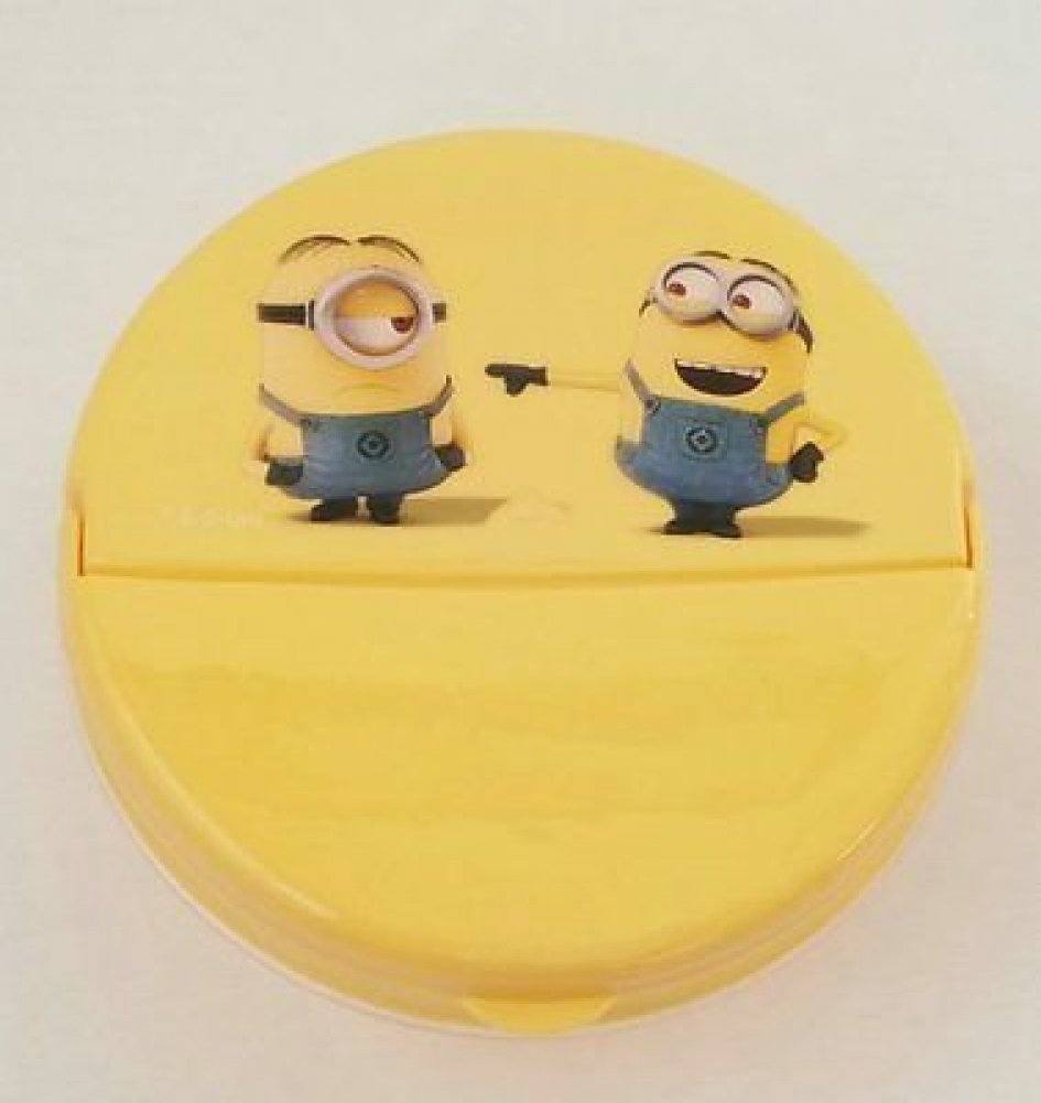 Despicable Me Minion Snack /& Storage Container Hinged Flip Top