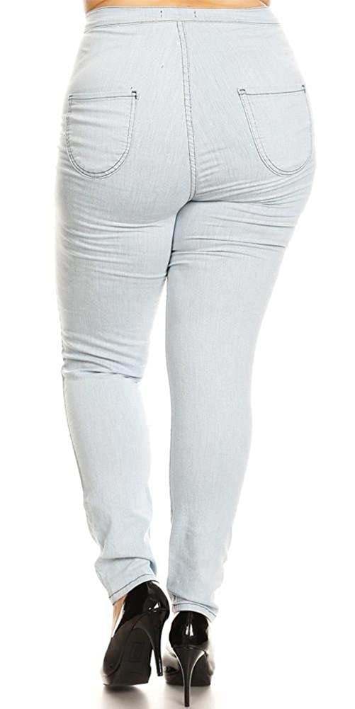 a6783e6b79608 Monotiques Plus Size High-Waisted Jeans at Amazon Women s Clothing store