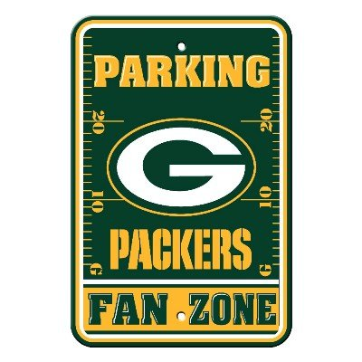 Parking Series Sign World - Fremont Die Sports Fan NFL Team Green Bay Packers Plastic Parking Sign - Fan Zone