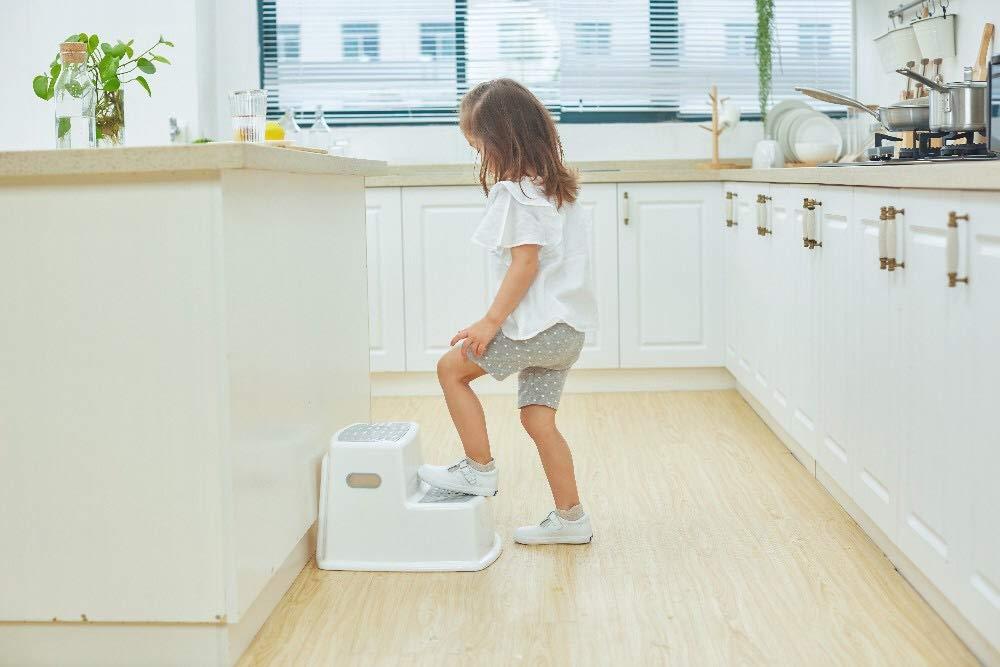 Blau Premium Tritthocker f/ür Kinder mit 2 Stufen Trittschemel 2-stufig mit anti-rutsch Funktion in verschiedenen Farben