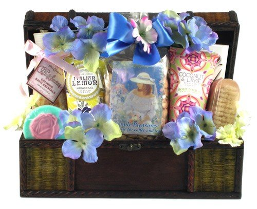 Perfectly Pampered Bath & Body Spa Basket for Women - Chr...